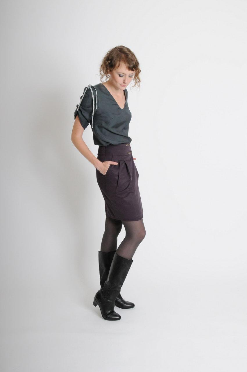 MADEVA Paris automne hiver 10/11 haut legerement cintre encolure v manches mi longues evasees retrousees coton soie prune gris/vert noir colette jupe claire