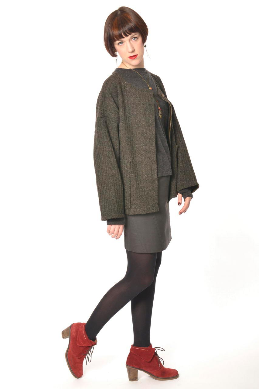 MADEVA collection automne hiver 2013/14 gilet large manches longues poches plaquees laine/coton vert kaki gaby jupe lou