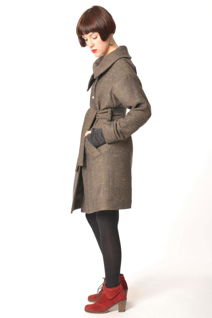 MADEVA collection automne hiver 2013/14 manteau droit manches longues col asymetrique ceinture taille laine mordore chine kim