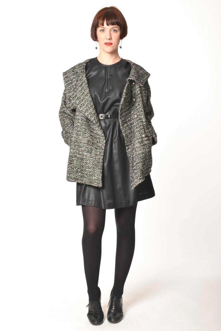MADEVA collection automne hiver 2013/14 veste large grande capuche manches longues laine chine noir blanc lara