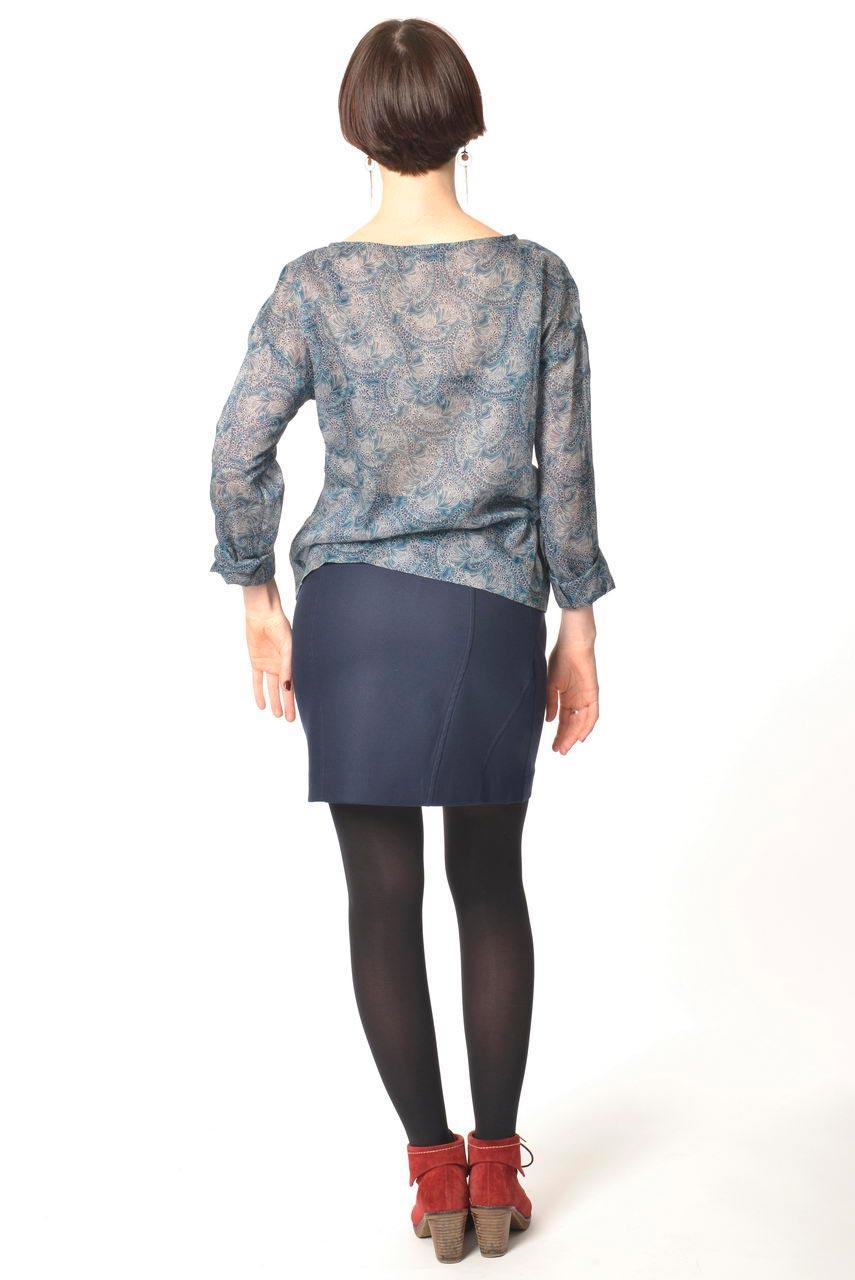 MADEVA collection automne hiver 2013/14 jupe droite decoupes dessus genoux coton bleu encre lou top anouk