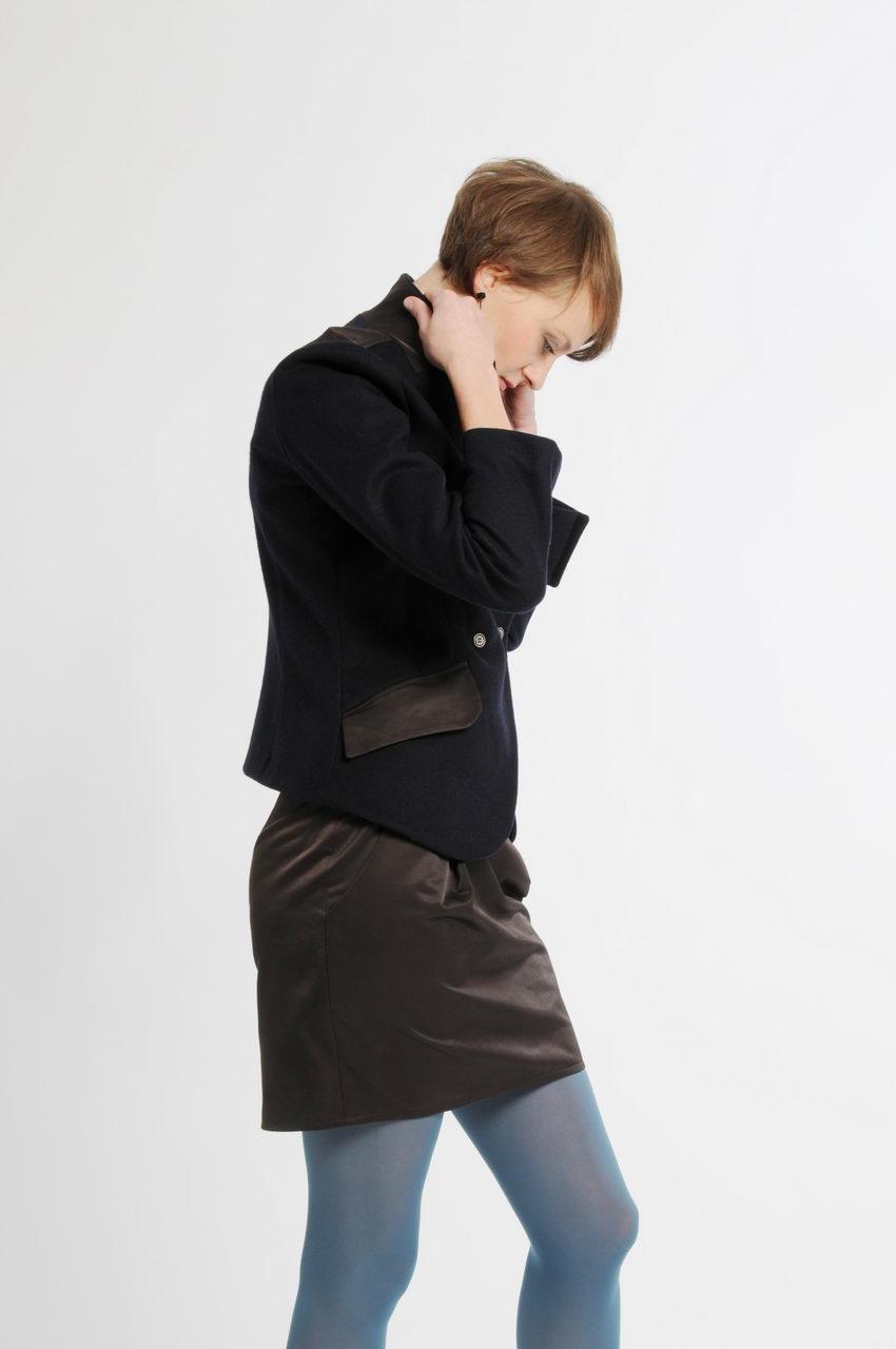 MADEVA collection printemps ete 11 blazer cintre double boutonnage poches passepoilees col tailleur coton garance jupe myrtille